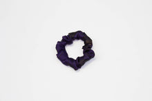 Load image into Gallery viewer, Silk Ankara Super Scrunchie Set - Navy Blue