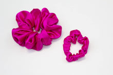 Load image into Gallery viewer, Silk Super Scrunchie Set - Hot Pink