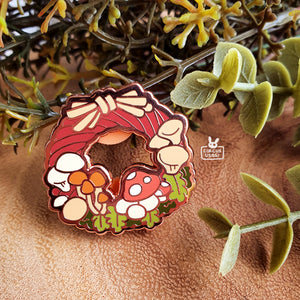 Enamel pins | Mush wreath
