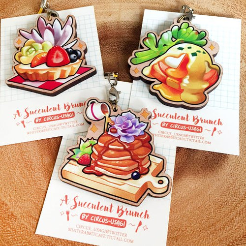 Wooden charms | Succulent brunch