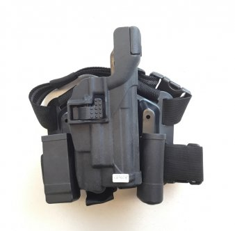 Airsoft drop leg holster P226 torch version
