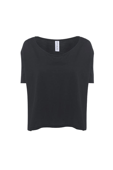 Asmuss Aline T-shirt in Black. A great top to look stylish in the outdoors or while travelling