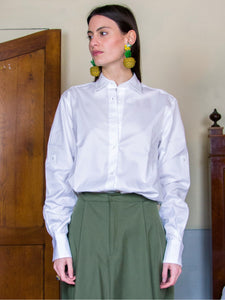 Filanda n.18 Cotton White Shirt with latches on sleeves.