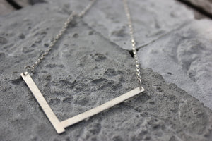 V-Necklace