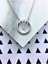 silver geometric enso necklace
