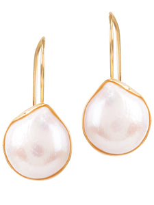 Amadeus Venus White Pearl Earrings In Gold Shell - LDC