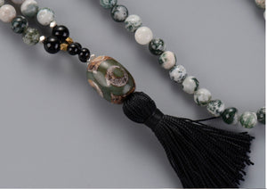 Agate and Onyx Mala Tibetan Bead Necklace