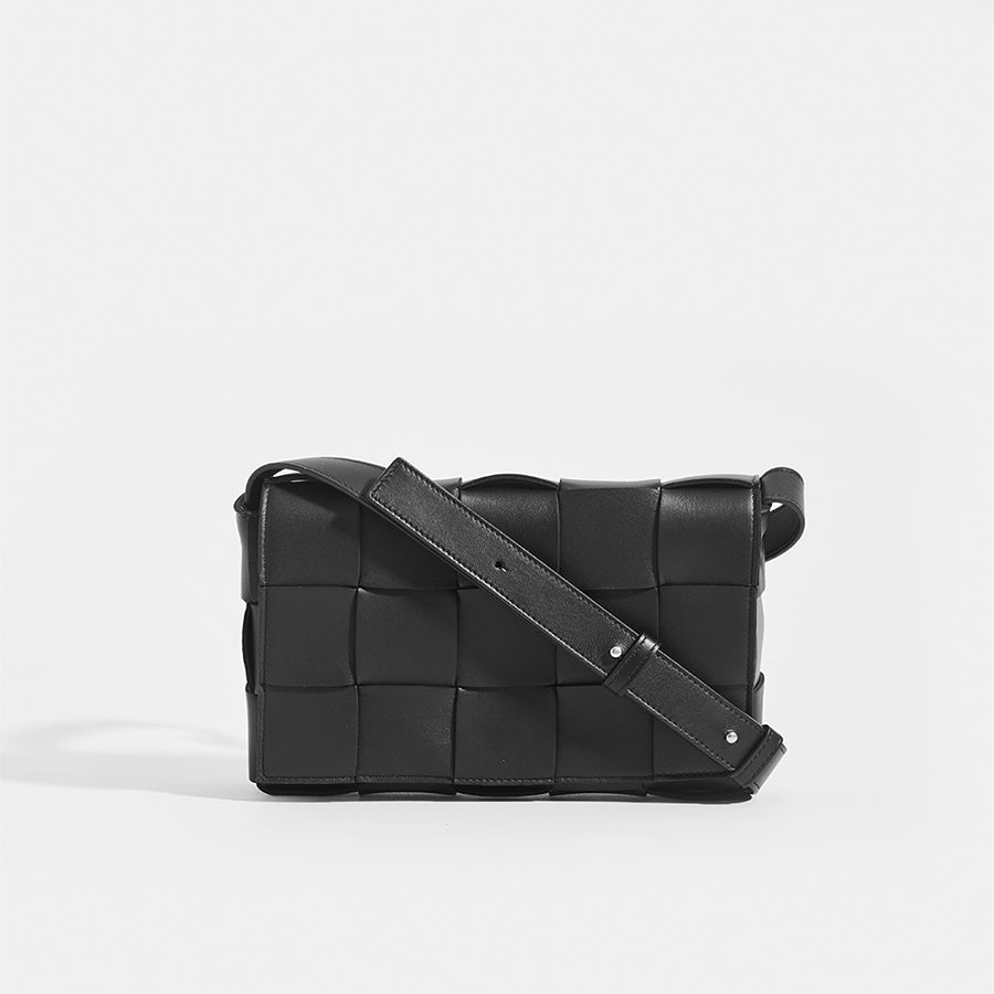 BOTTEGA VENETA Cassette Maxi Intrecciato Bag in Black Leather with crossbody shoulder strap