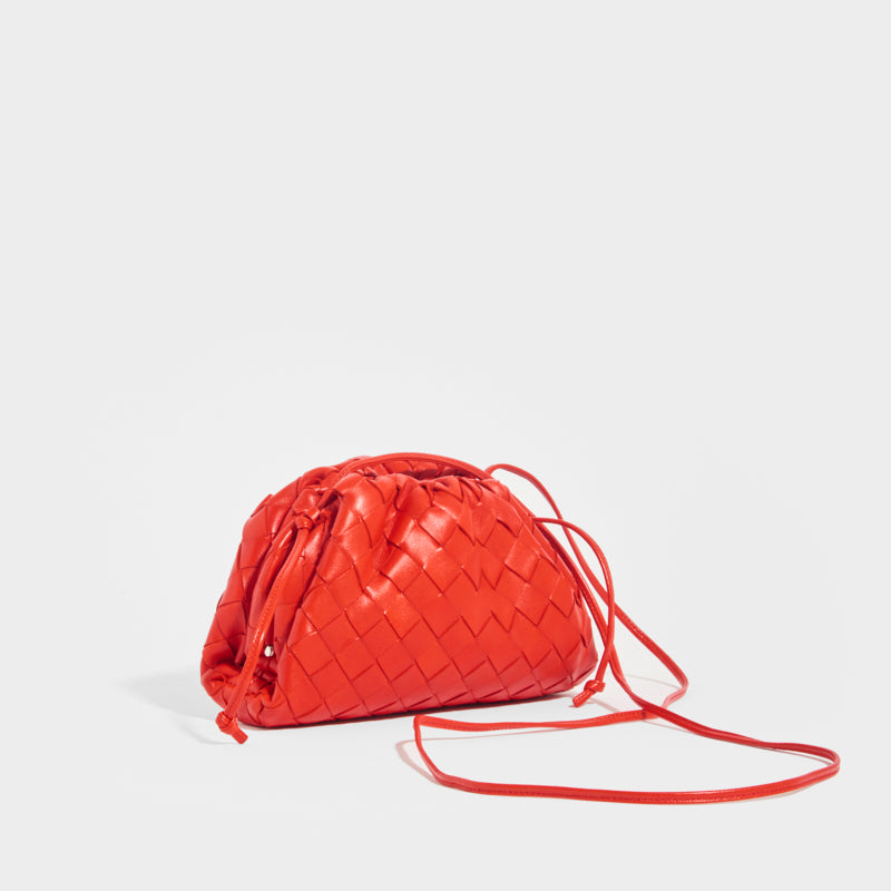 BOTTEGA VENETA The Pouch 20 Intrecciato Crossbody