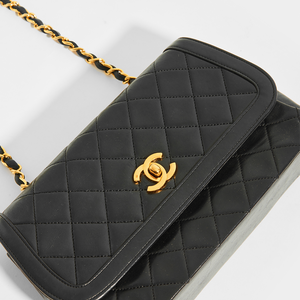 CHANEL Vintage Quilted Single Flap Chain Shoulder Bag in Black Lambskin