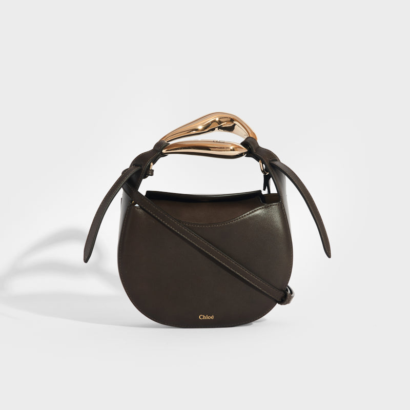 CHLOÉ Kiss Small Leather Tote in Dark Brown