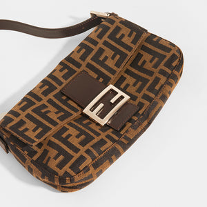 FENDI Vintage Zucca Print Baguette - Close Up