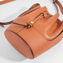 Load image into Gallery viewer, LOEWE Balloon Small Bucket Bag in Tan Leather