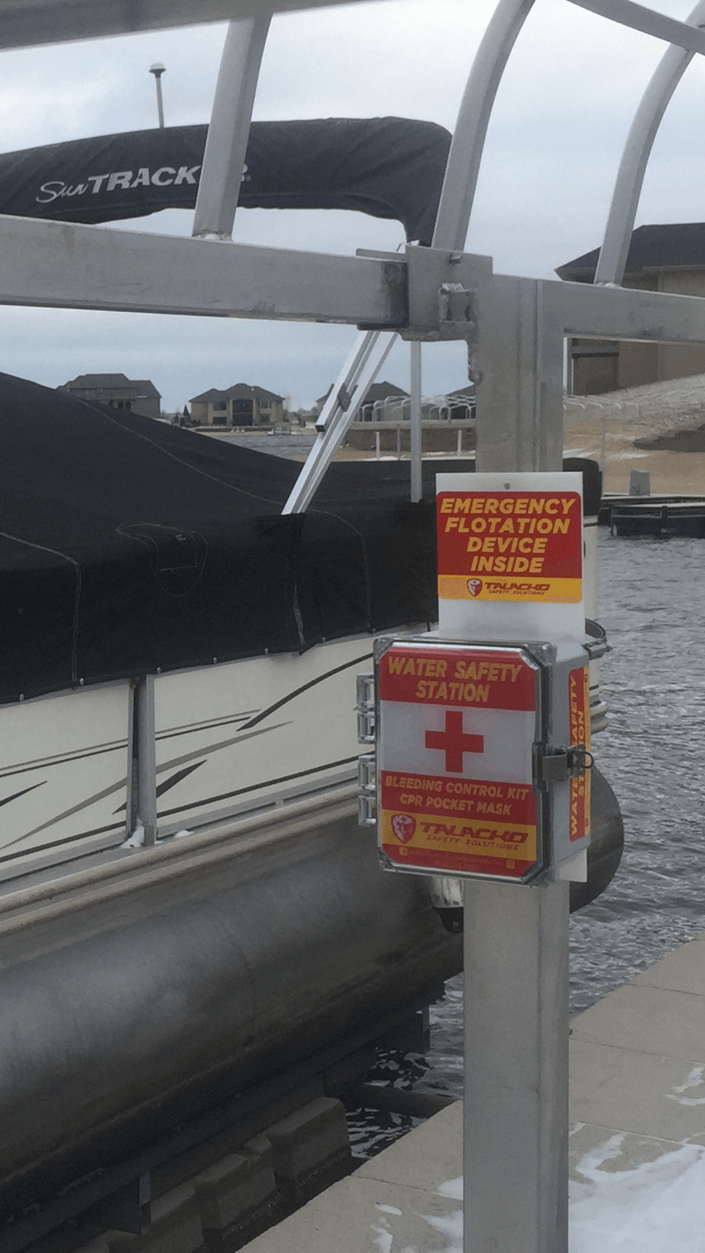 Water Safety Station Designed to be placed on boat docks, pools, and bodies of water.