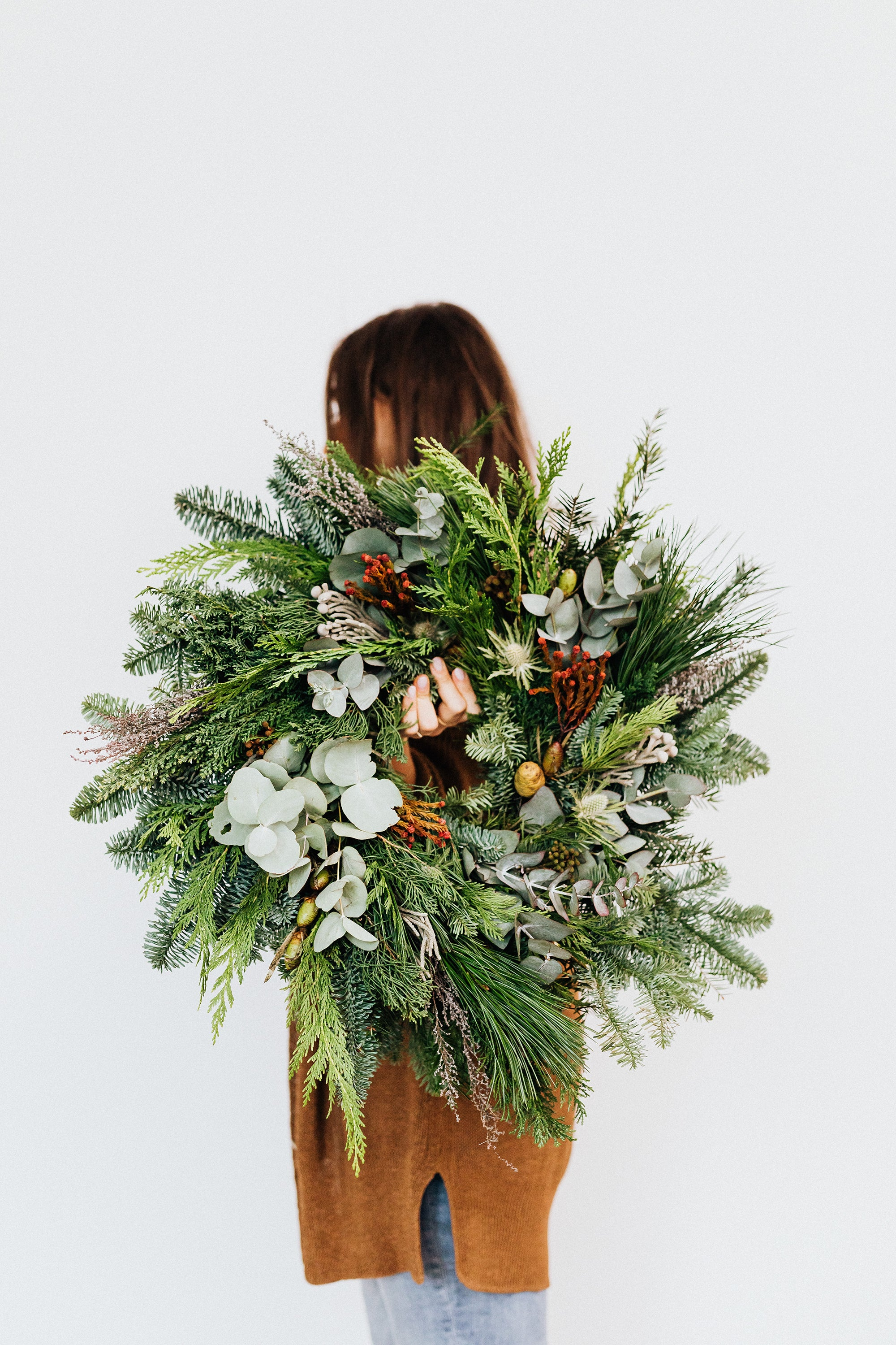 Safari Journal / Blog by Safari Fusion | Christmas prettiness | Beautiful handmade live foliage Christmas wreath