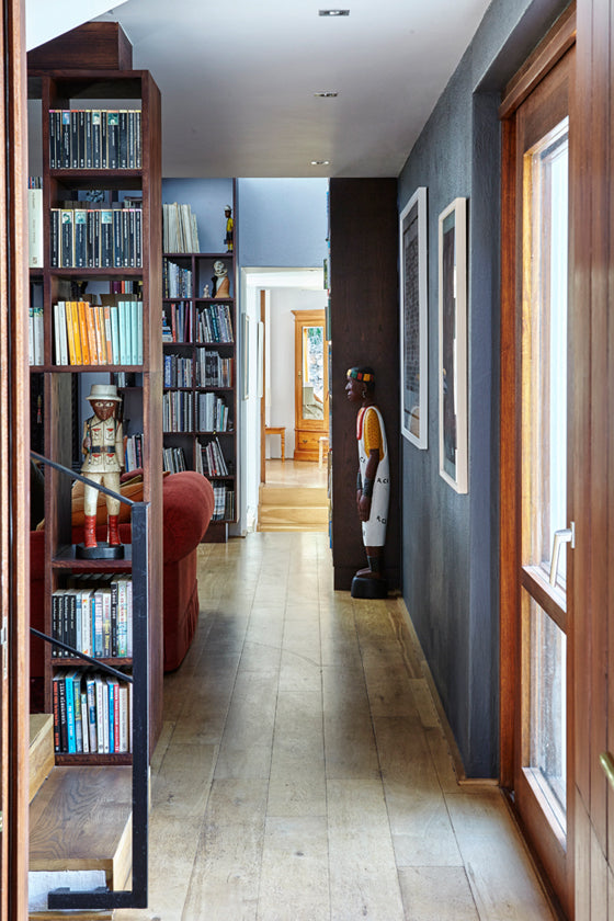 Library style | Open shelf library in a Cape barn style home in Noordhoek [Cape Town], South Africa