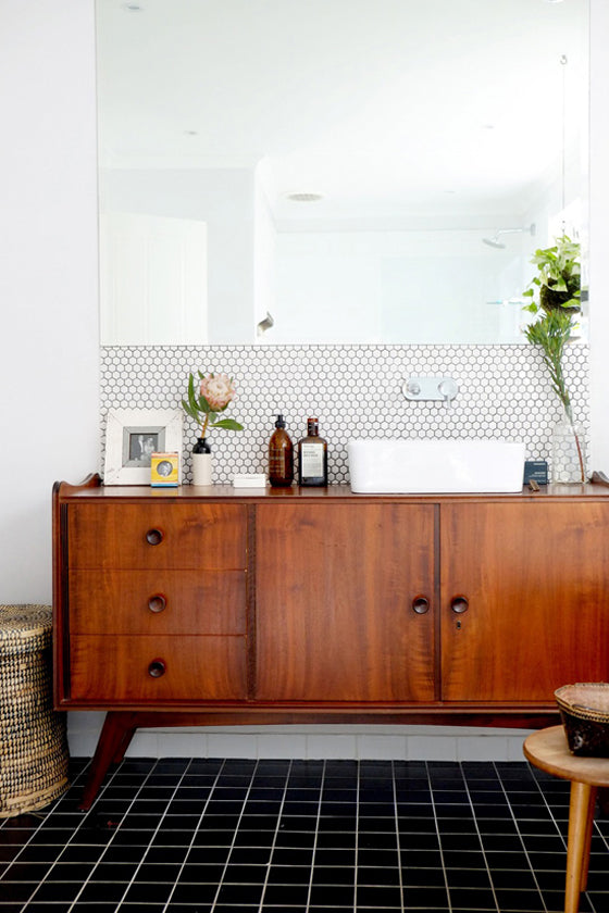 Pretty protea | Vintage meets modern in this gorgeous bathroom, Cape Town, South Africa
