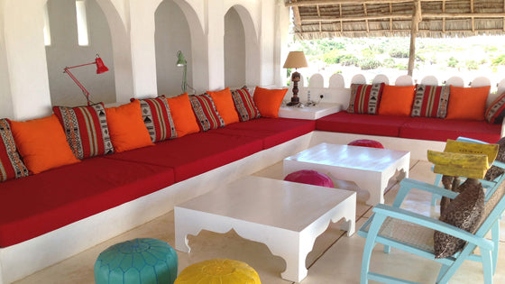 Safari Journal / Blog by Safari Fusion | Colour crush / red | East African coastal style outdoor livingroom, interiors by Idea Kenya