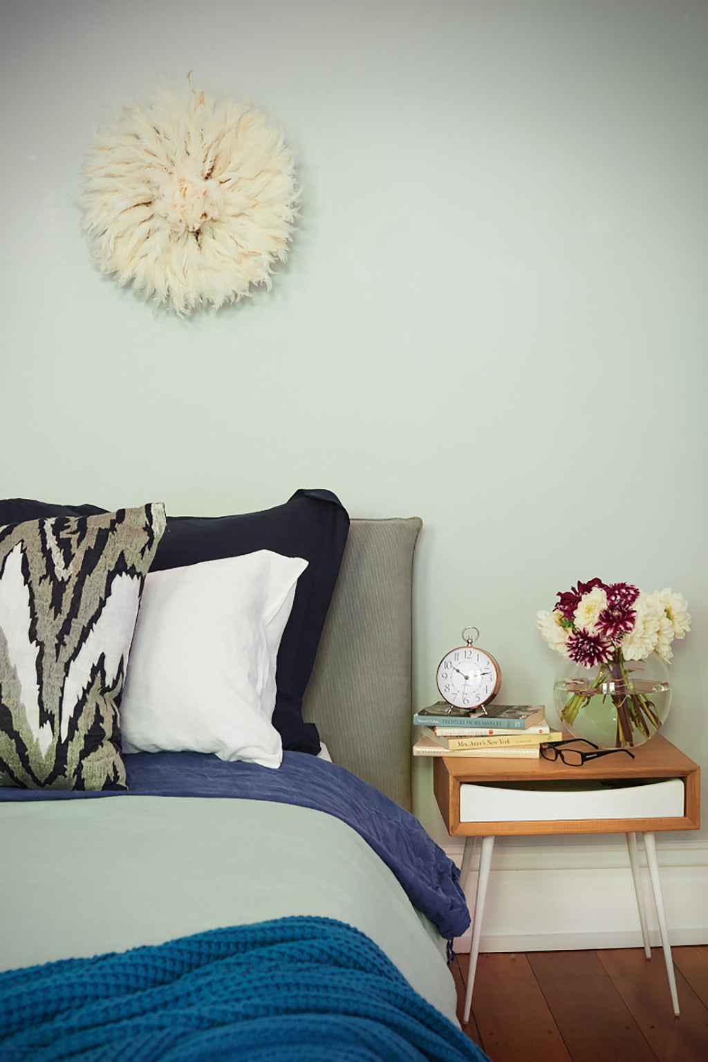 Safari Journal / Blog by Safari Fusion | A beautiful bedroom makeover in calming blues and greens by Romain Dossou Interiors