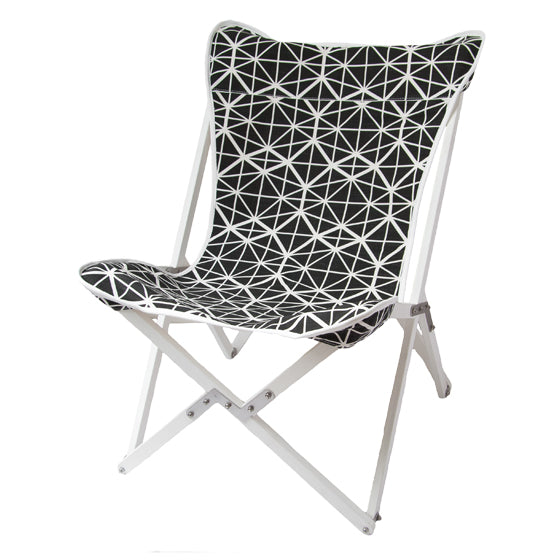 Safari Journal / Blog by Safari Fusion | Colour crush / black and white | Tripolina Chair (facet) by Safari Fusion | Image © Safari Fusion