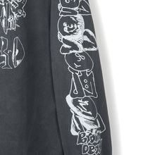 Laden Sie das Bild in den Galerie-Viewer, BRAIN DEAD – LEON'S GIRLS L/S TEE (BLACK)