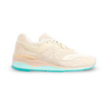 Laden Sie das Bild in den Galerie-Viewer, NEW BALANCE – M997 RSA-D (TAN)
