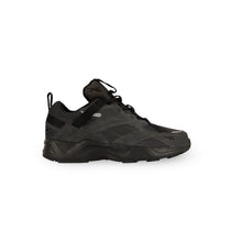 Laden Sie das Bild in den Galerie-Viewer, REEBOK – AZTREK 96 ADVENTURE (BLACK)
