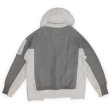Laden Sie das Bild in den Galerie-Viewer, SACAI – SPONGE SWEAT HOODIE (LIGHT GRAY)