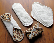 "Load image into Gallery viewer, 9"" Reusable Menstrual Pads"