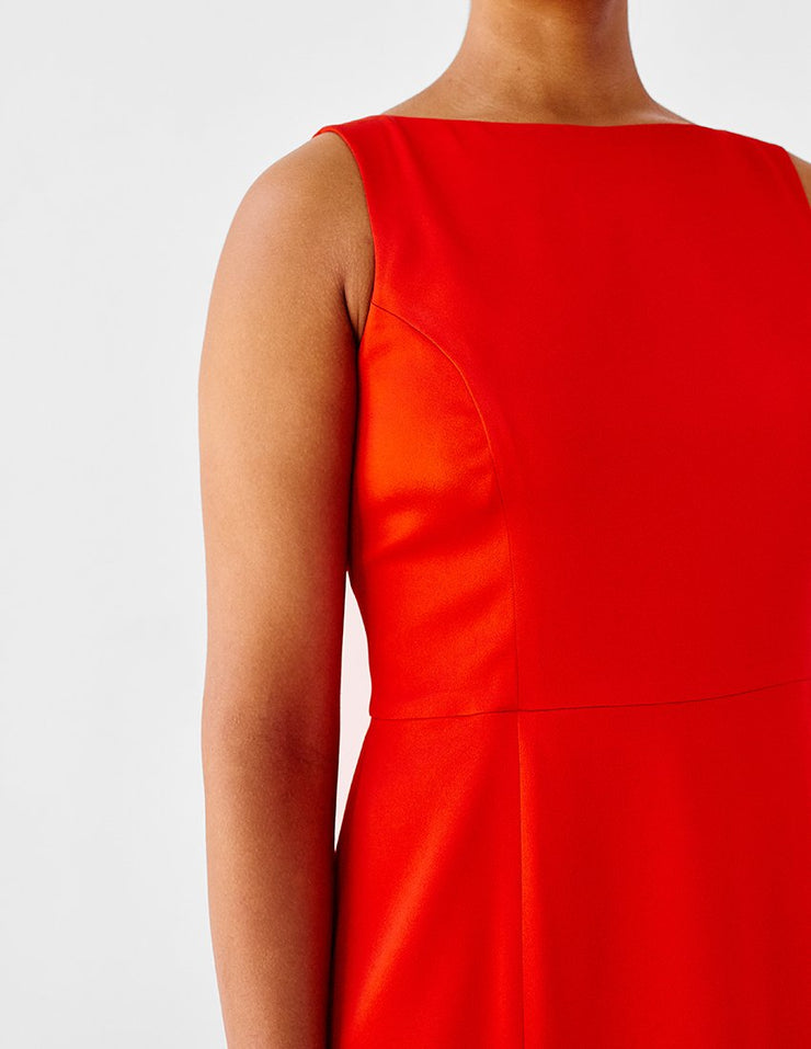 Plus-Size Red Sleeveless Dress with Boat Neck
