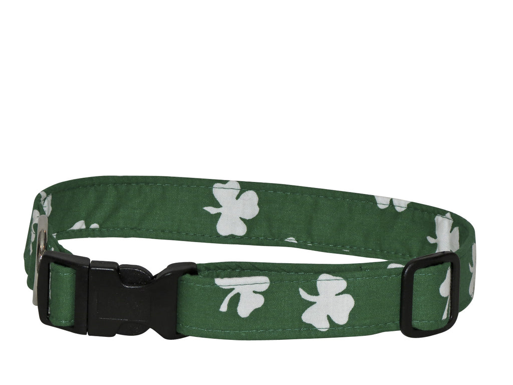 Elmou0027s Closet Bold Shamrocks Dark Green Dog Collar