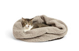 Cat in fleece big shrimpy den bed