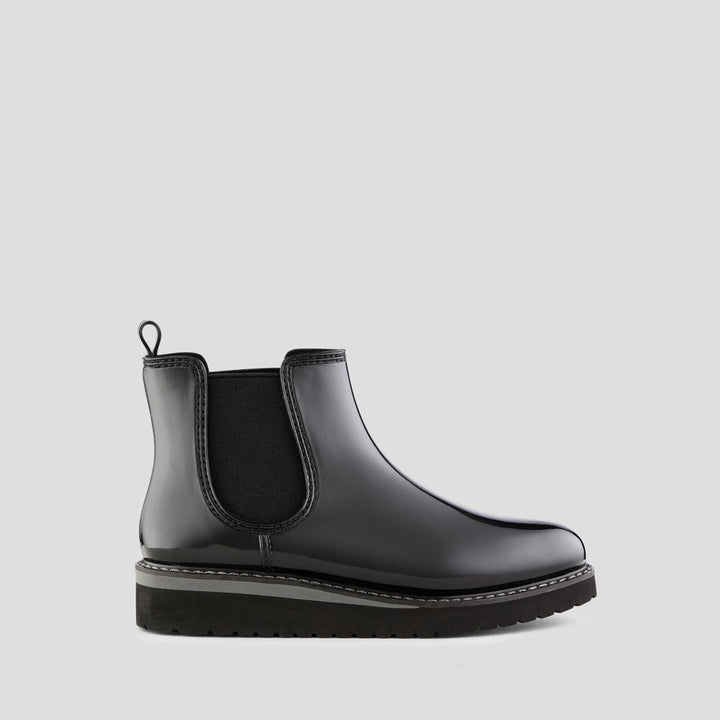Women's Cougar Kensington/Black Chelsea Boot