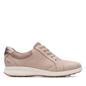 Women's Clarks Un Adorn Lace/ Pebble Walking Shoe