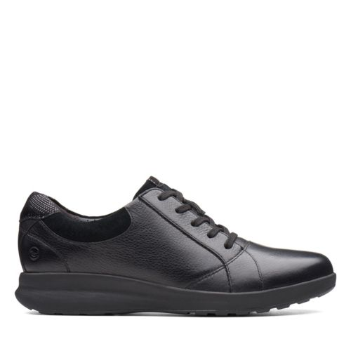 Women's Clarks Un Adorn Lace/ Black Walking Shoe
