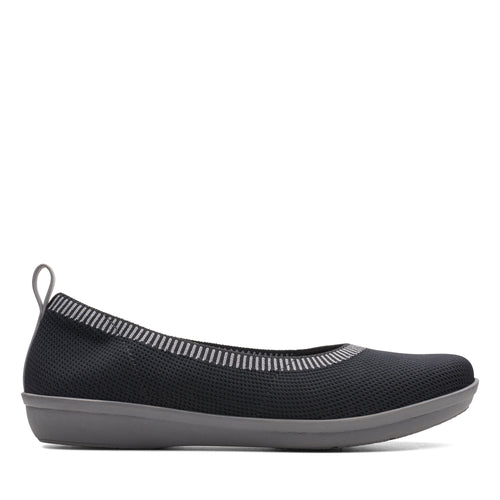 Women's Clarks Ayla Paige/Black Shoe