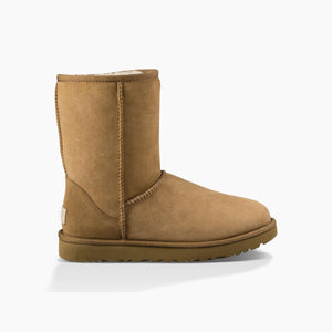 Women's Ugg Classic Short II/ Chestnut Winter Boot