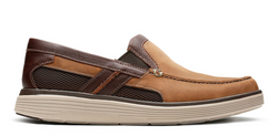 Men's Clarks Un Abode Free/ Tan Slip-On - Omars Shoes