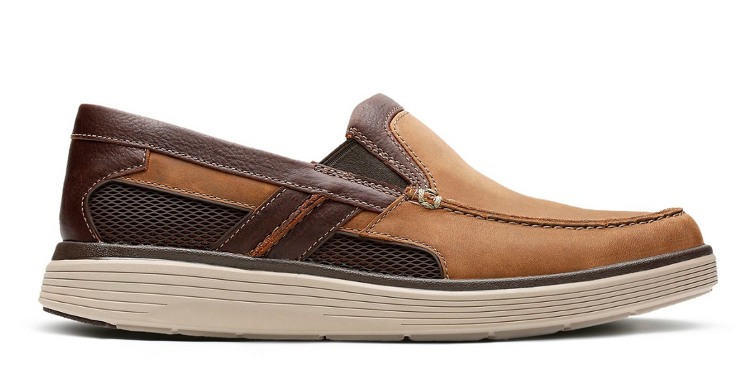 Men's Clarks Un Abode Free/ Tan Slip-On