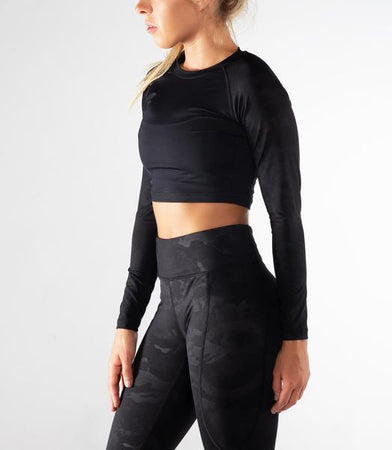 EAu45 | Widow Bioceramic™ Crop Rashguard | Black Camo