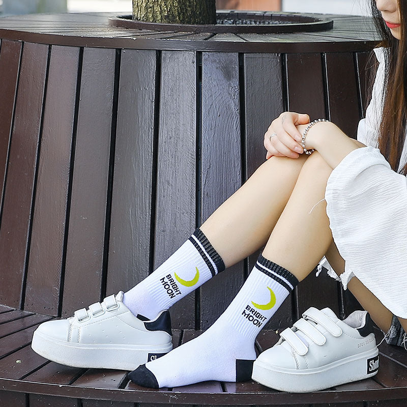 """HARAJUKU STRAWBERRY / BRIGHT MOON"" SOCKS 2 PAIRS K090803"