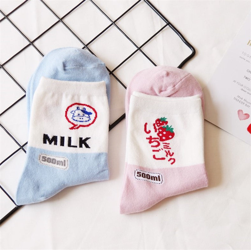 """KFASHION MILK / STRAWBERRY"" COTTON SOCKS K111816"