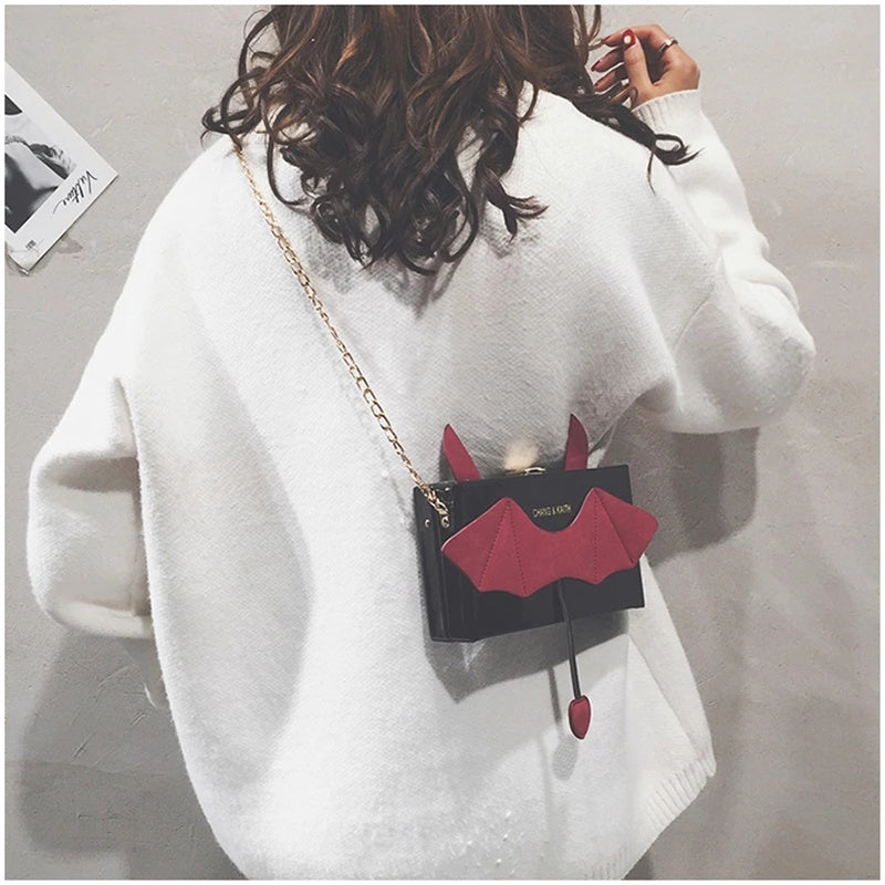 """DEVIL BAT WINGS SQUARE"" BAG K092804"