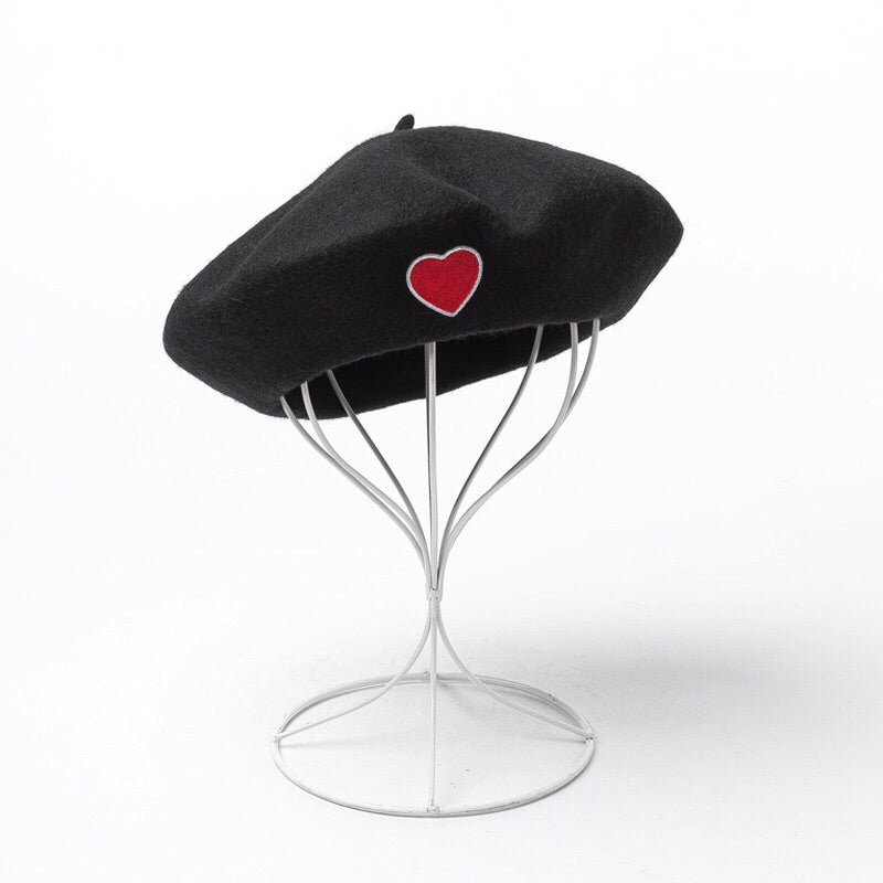 """LOVE HEART BLACK"" BERET K110708"