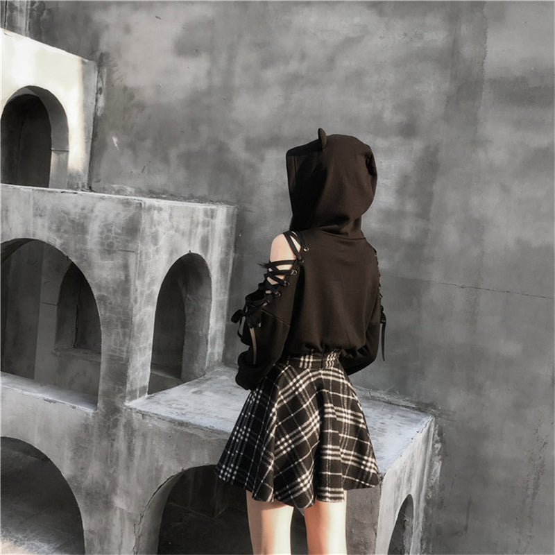 """BLACK CUTE EAR"" HOODIE / PLAID SKIRT K111901"