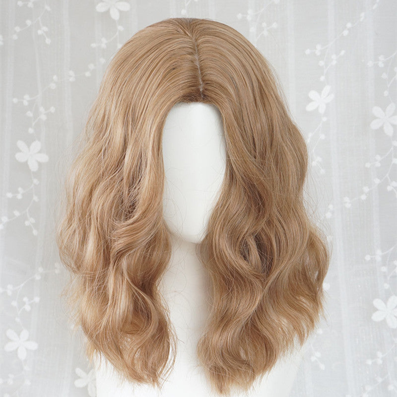 """LINEN GOLD MID-LENGTH CURLY"" WIG Y040325"
