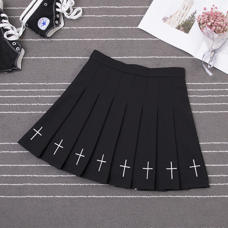 """GOTH EMBROIDERY"" PLEATED SKIRT W041103"