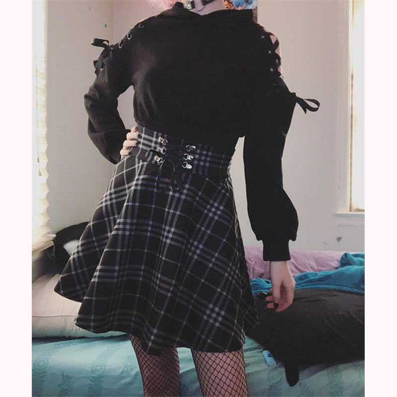 """DARK CUTE EAR"" HOODIE / PLAID SKIRT K111901"