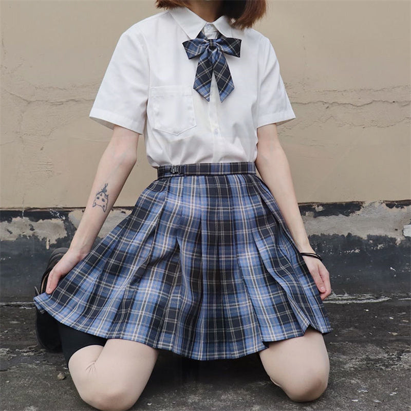 """JK BLUE BLACK PLAID"" SKIRT N082706"