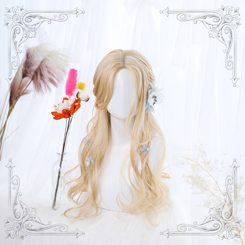 """LOLITA LIGHT BLONDE MID LENGTH CURLY"" WIG N102703"